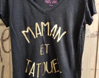 Maman tatouée écriture doré