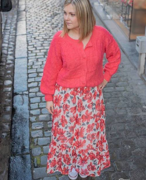 pull boutons rose corail
