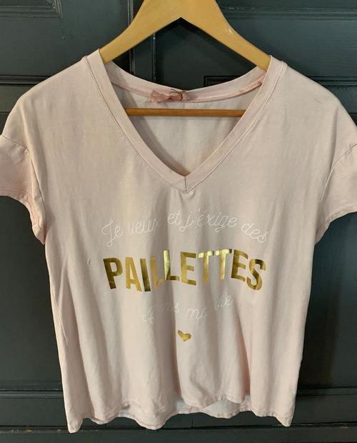 t-shirt je veux et j'exige des paillettes dans ma vie