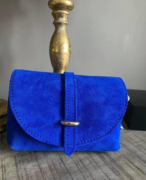 petit sac en cuir bleu