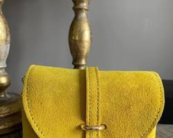 petit sac en cuir jaune