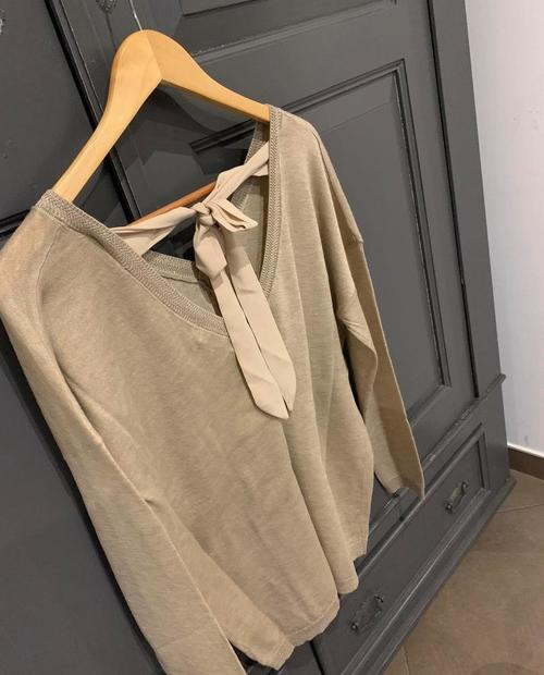 pull beige