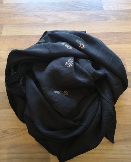 foulard ananas noir