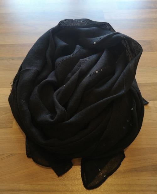 foulard sequins noir