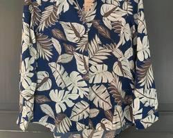 chemise feuillage